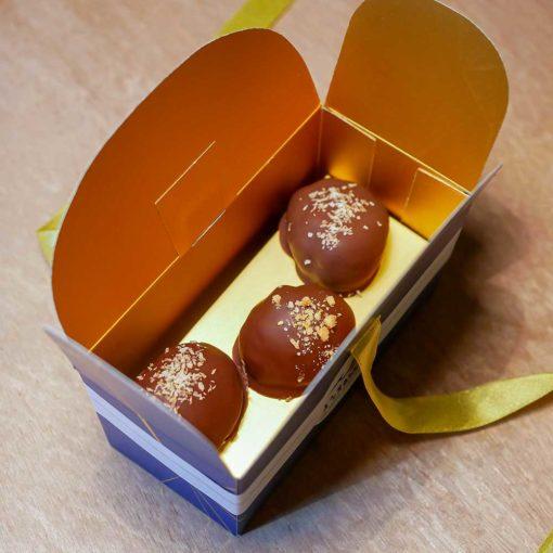 Marrons glacés enrobés de chocolat 6 pièces 1